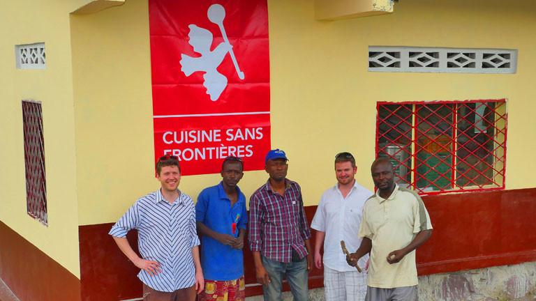 Mitglieder und Teilnehmer der NGO Cuisine sans frontieres