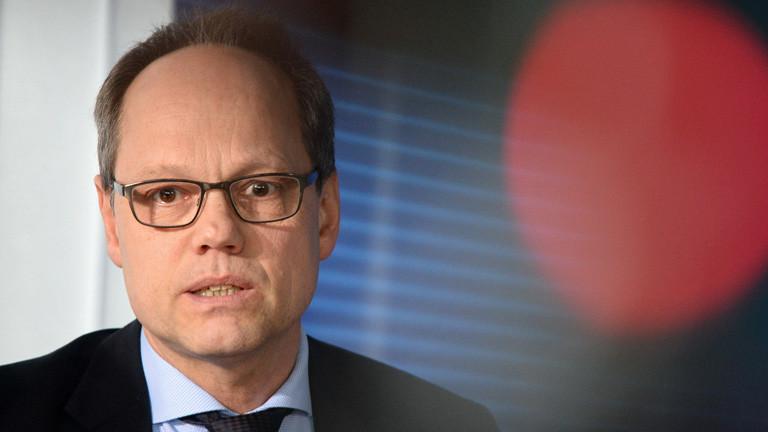 Der Erste Chefredakteur von ARD-Aktuell, Kai Gniffke, spricht am 20.04.2016 während einer Pressekonferenz in Potsdam; Foto: dpa