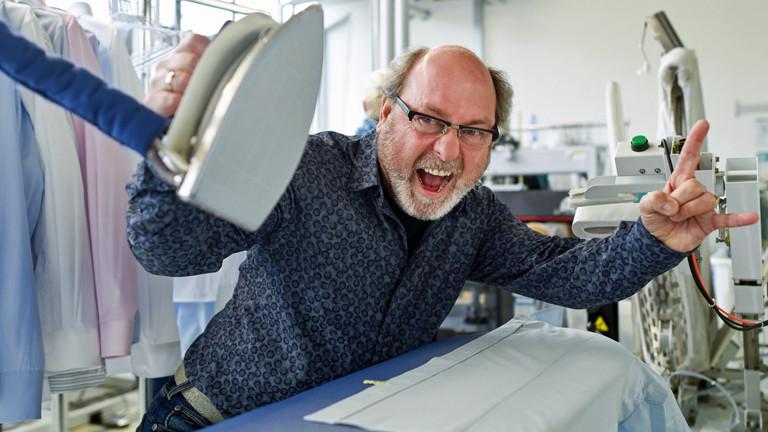 Hans-Jürgen Topf in seiner Wäscherei