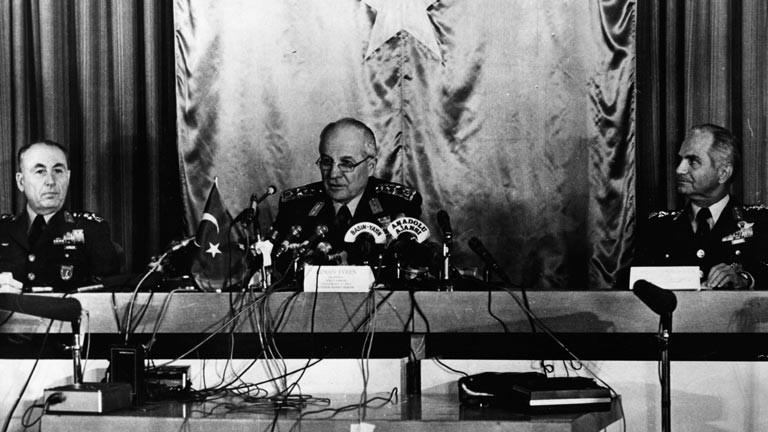 Kenan Evren übernahm die Macht nach einem Putsch in der Türkei.
