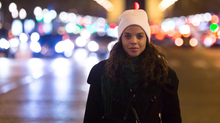 Eine Frau in Paris.