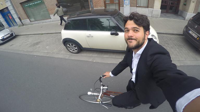 JP Amaral beim Fahrradfahren.