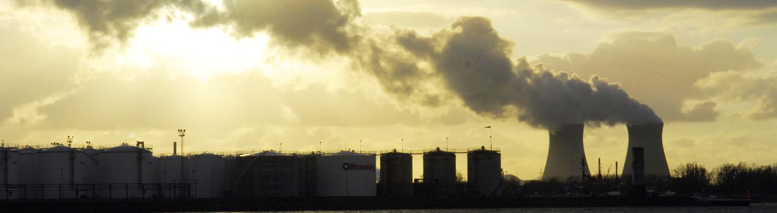 Atomkraftwerk bei Antwerpen, Belgien