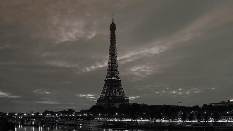 Der Eifelturm im Dunkeln