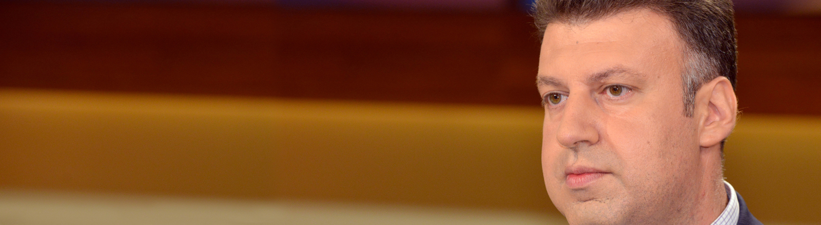 """Aktham Suliman bei einer Aufzeichnung der Talksendung """"Anne Will"""" im Mai 2013"""
