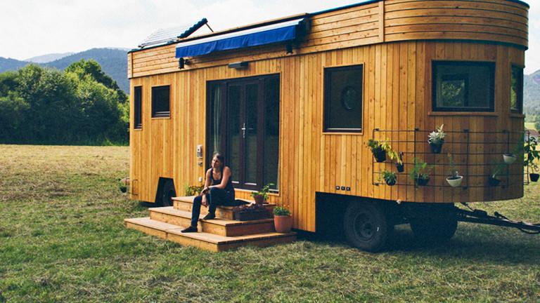 Alternative lebenskonzepte wohnen im autarken wohnwagon for Alternatives wohnen