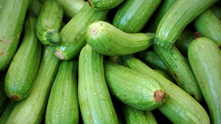 selbstanbau giftige zucchini aus dem garten toedlich dradio wissen. Black Bedroom Furniture Sets. Home Design Ideas